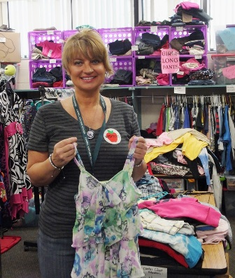 Kellee Keller, Award Winning Volunteer!  Laurel Nokomis Clothes Closet